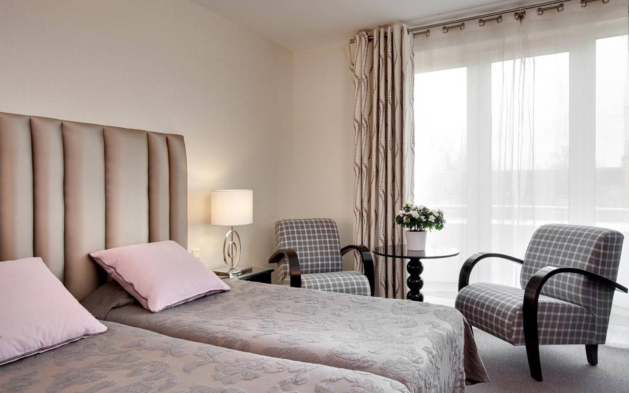 Solesmes 3 stars hotel Sarthe comfortables rooms