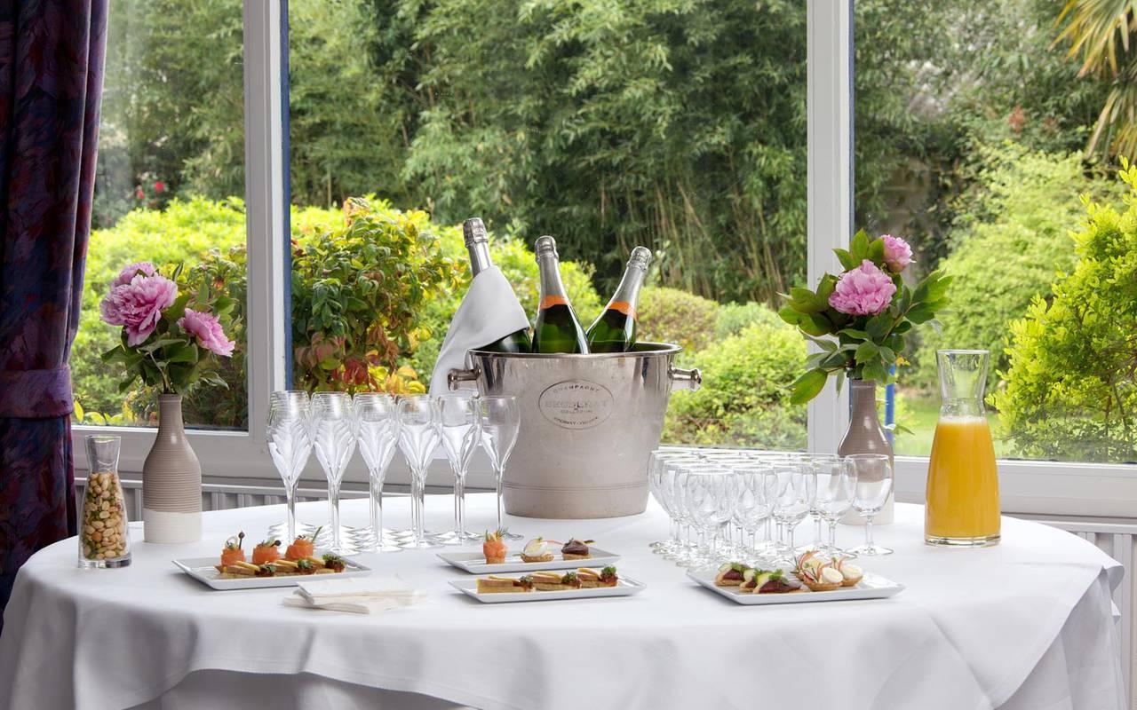 Buffet et champagne séminaire pays de la loire