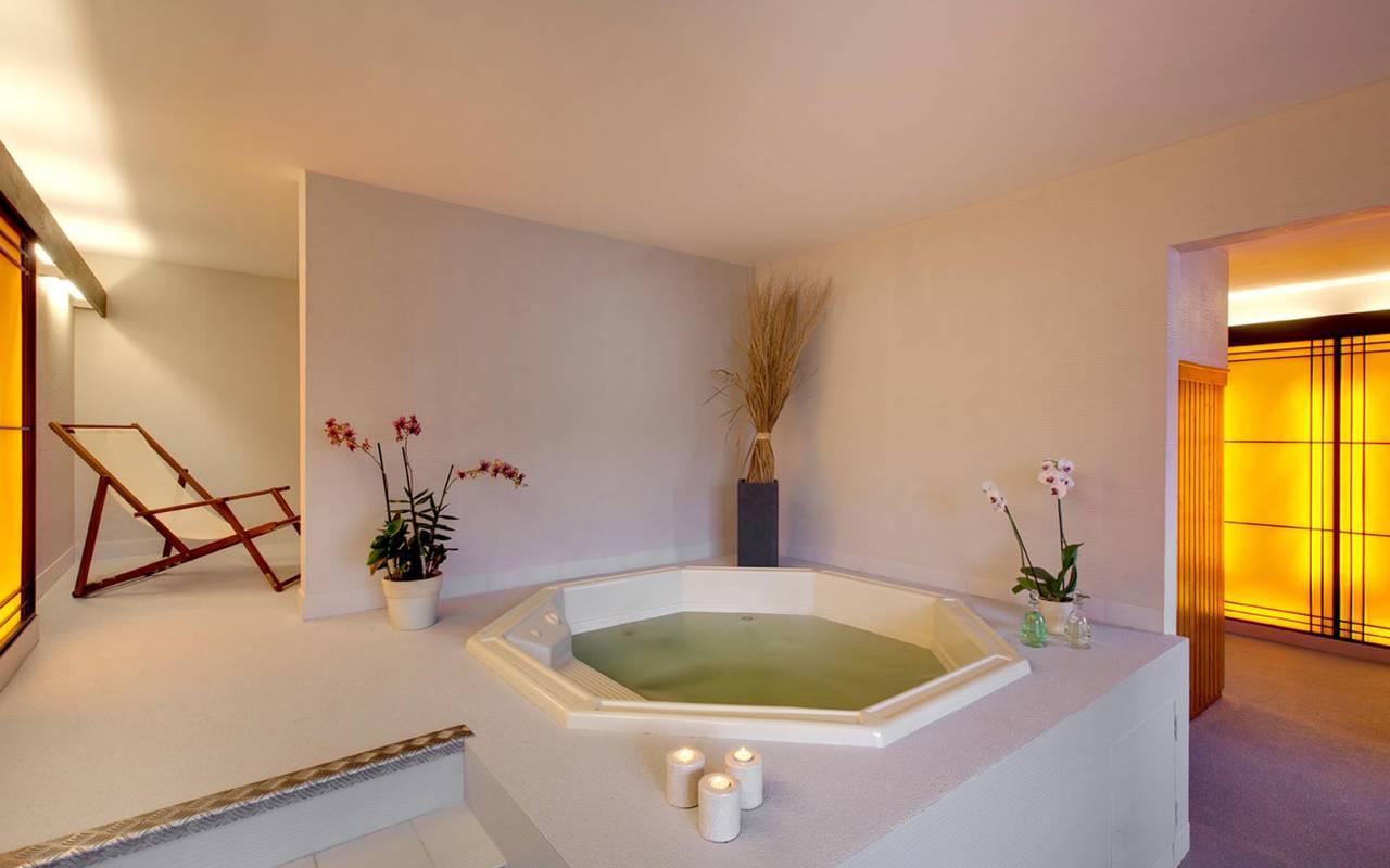 Espace détente à l'hôtel Spa Solesmes