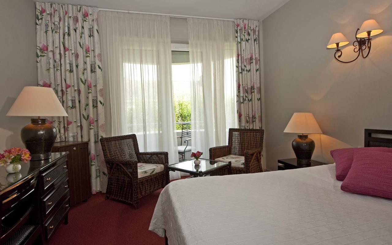 Confortable chambre hôtel Solesmes