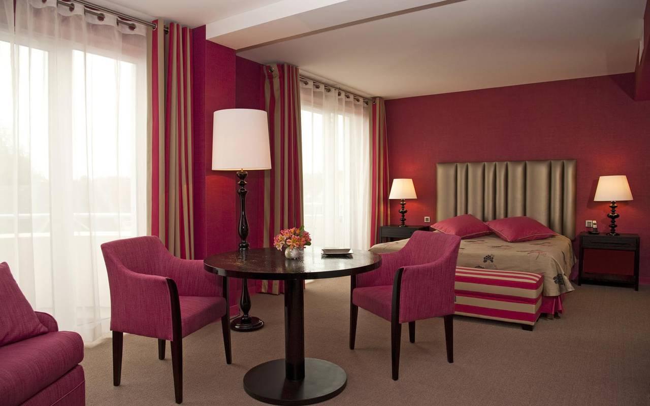 Spacieuse junior suite hôtel Sarthe